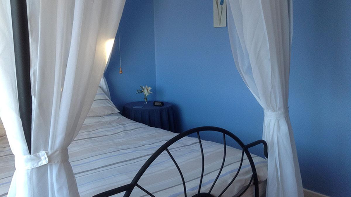 Rowan bedroom